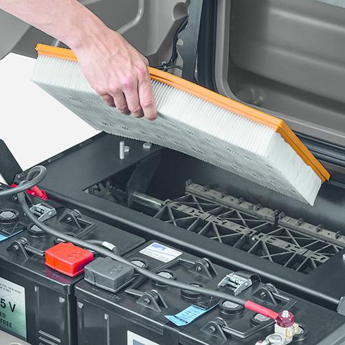 Подметально-всасывающая машина KM 85/50 R Bp: Эффективная система фильтрации