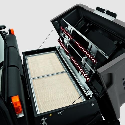 Подметально-всасывающая машина KM 150/500 LPG: Эффективная система фильтрации